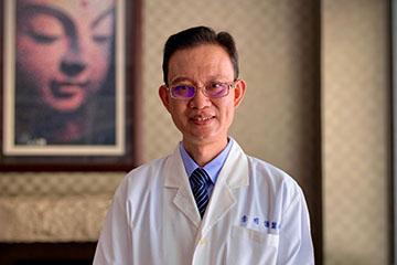 醫師 - 李明儒