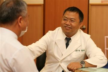 醫師 - 廖光福