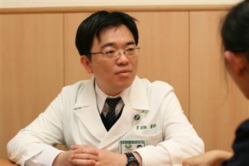 醫師 - 李國維