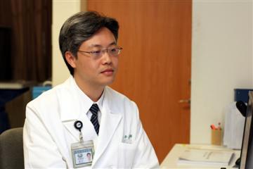 醫師 - 羅中平