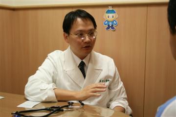 醫師 - 李宇正