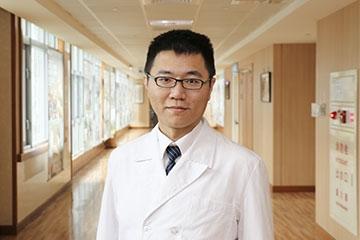 醫師 - 王耀健