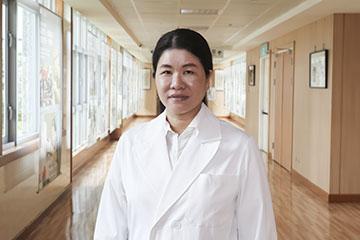 醫師 - 楊峯菁
