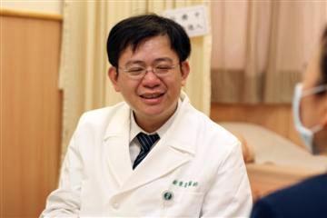 醫師 - 謝登富