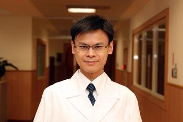 醫師 - 張凱堯