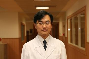 醫師 - 張歐高奇