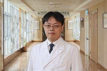 醫師 - 陳冠文
