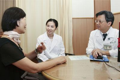 淋巴癌末期家庭主婦 中西醫合治癌細胞消失