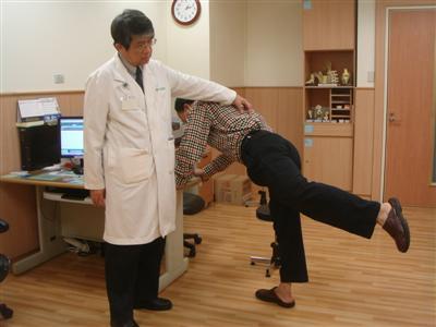 骨髓炎感染險截肢 重建獲新生展笑容