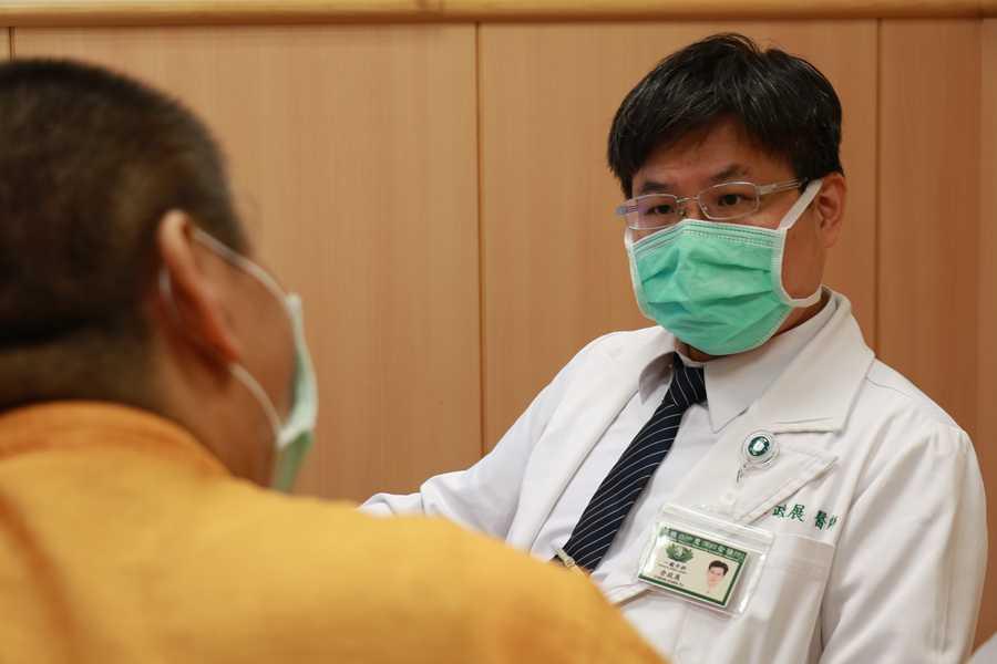 橫膈膜裂孔疝氣胃食道逆流半世紀 三術式解危