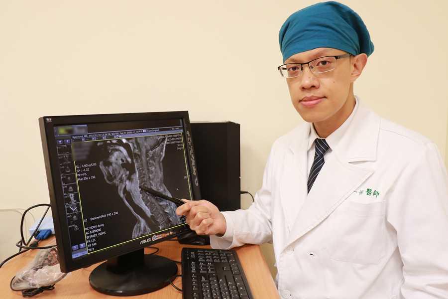 下咽腫瘤塞滿咽喉險致命 「引導式化療」奏功
